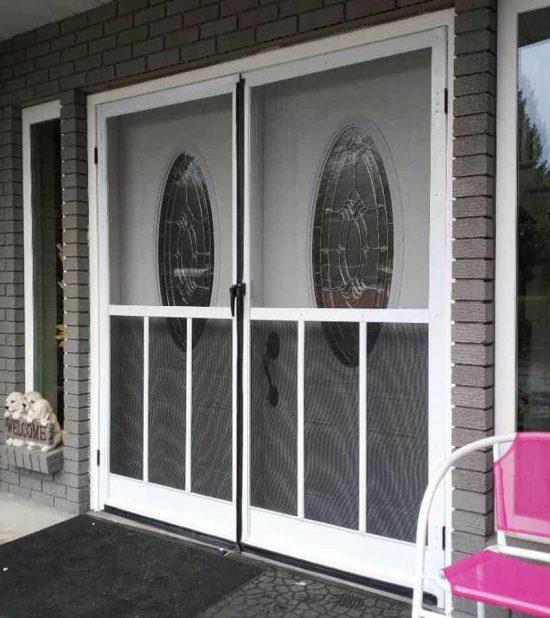 sweing-fench-door.jpg